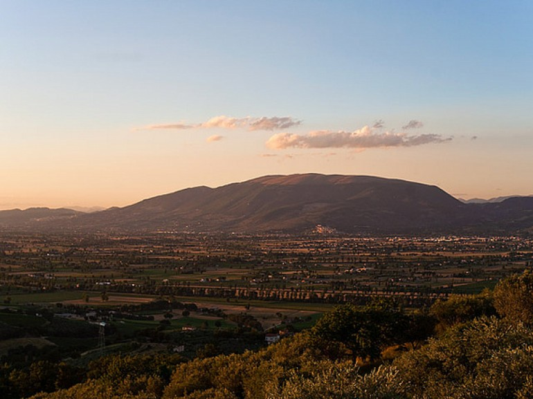 A Landscape of Umbria Valley, photo by Luca Moglia via Flickr