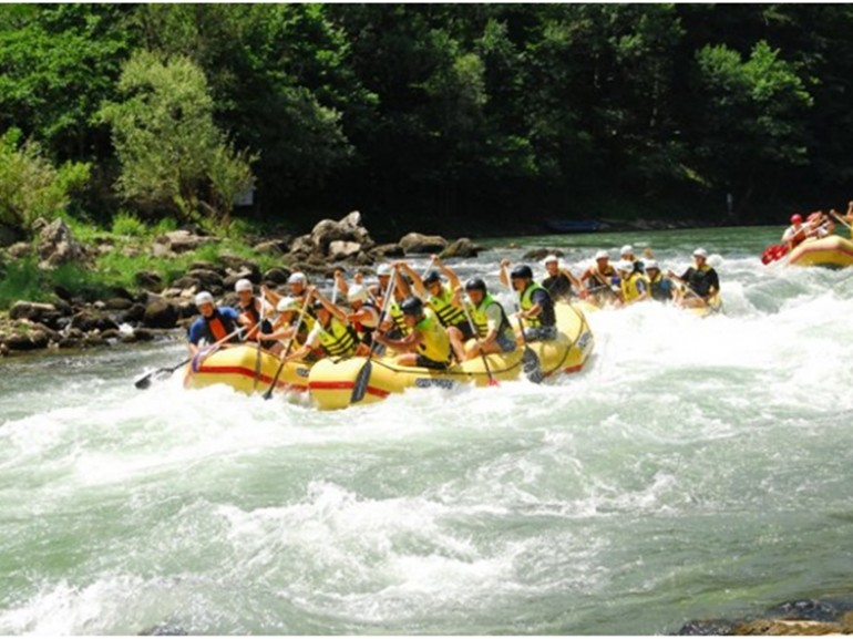 Lim rafting – exciting rapids