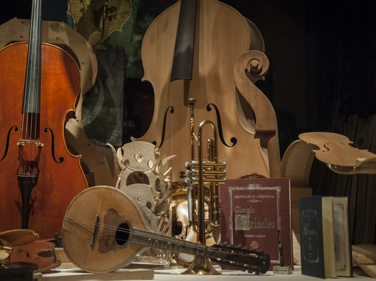 From the 16th century onwards, Cremona was renowned as a centre of musical instrument manufacture
