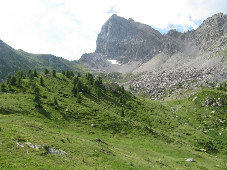 The views of the itinerary to Lake Nero  in Maira Valley