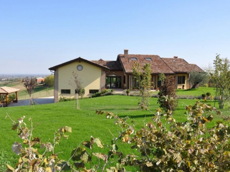 eco-friendly B&B Frutti Antichi along via Francigena