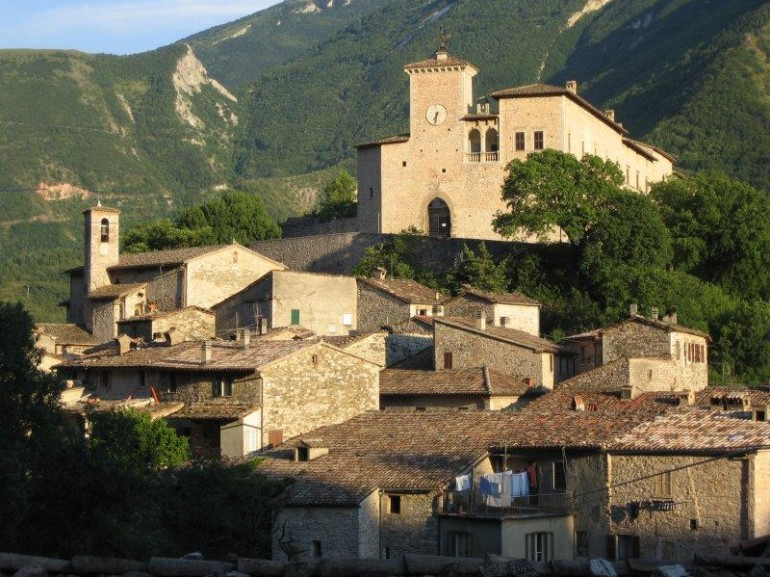 The village of Piobbico, overlooke by the castle of Brancaleoni family