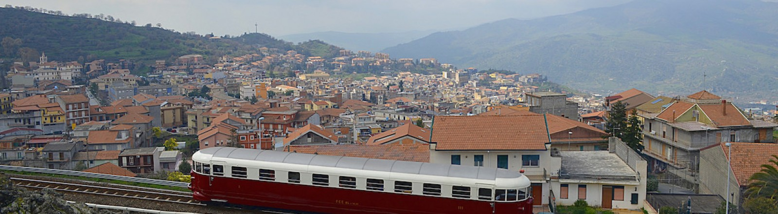 d409ee1f4bd74 Circumetnea - A travel around the Mount Etna in train